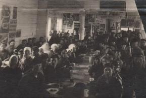 Вновь открытая столовая (1930 год)